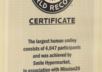 2015 Guinness World Recors- The Largest Human SMiley